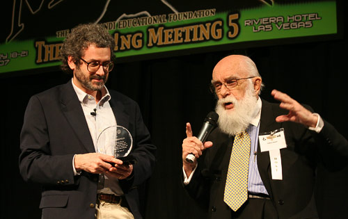 photo of Neil Gershenfeld and James Randi