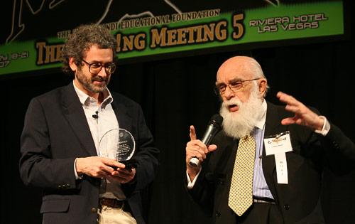 photo of Neil Gershenfeld and James Randi