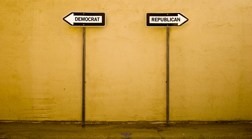 Democrats / Republicans signs pointing in opposite directions