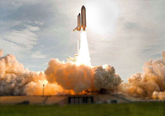 Space shuttle Endeavour launches on the STS-127 mission to the International Space Station in 2009. (photo credit NASA)