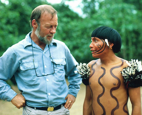 Napoleon Chagnon with Yanomamo man
