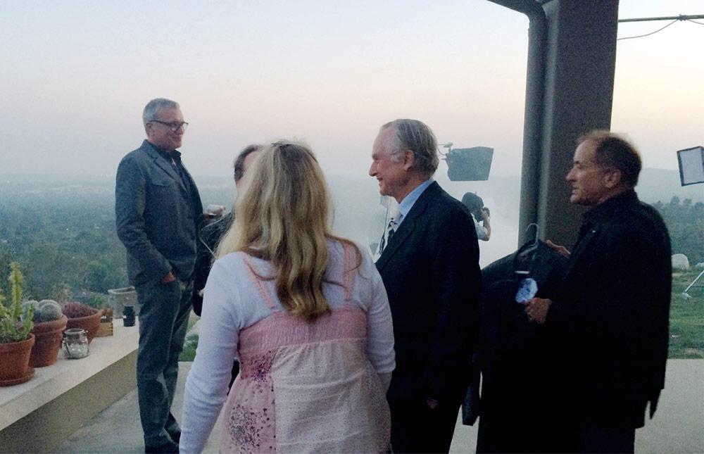 Richard Dawkins (center) at the fundraiser dinner at the Shermer home in Altadena.