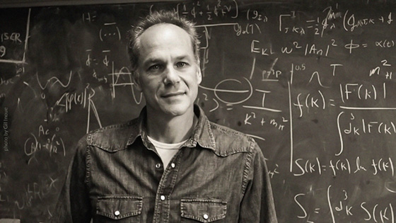 Dr. Marcelo Gleiser (photo by Gil Inoue)