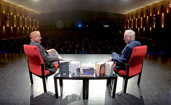 Richard Dawkins and Michael Shermer in conversation i Berlin