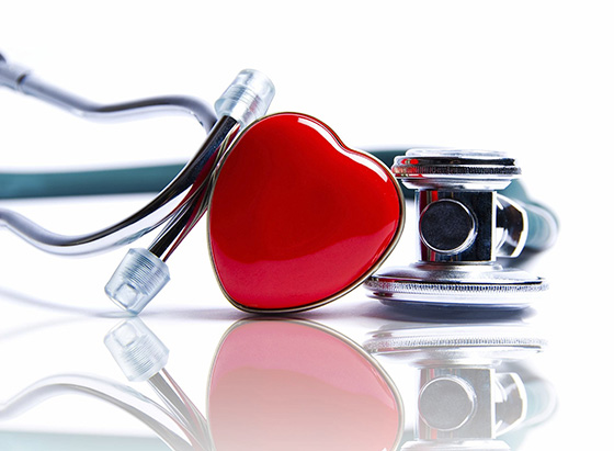 Stethoscope and heart object (https://www.pexels.com/photo/bright-cardiac-cardiology-care-433267/)