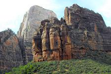 Zion Canyon (photo by Gingi Yee)