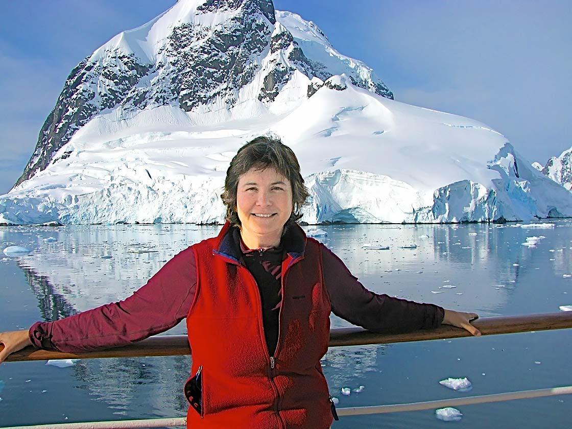Dr. Nigella Hillgarth