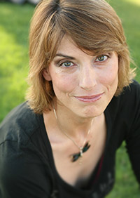 Jennifer Ouellette photo by Ken Weingart