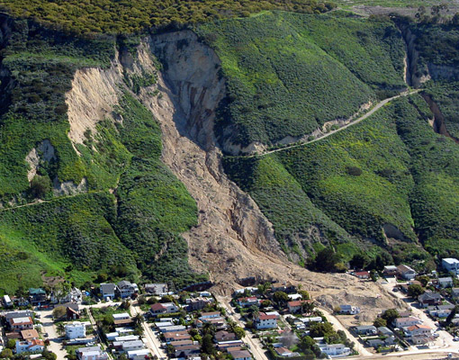 Aerial view of the La Conchita landslide after the 2005 event. Photograph by Mark Reid, courtesy of the U.S. Geological Survey.